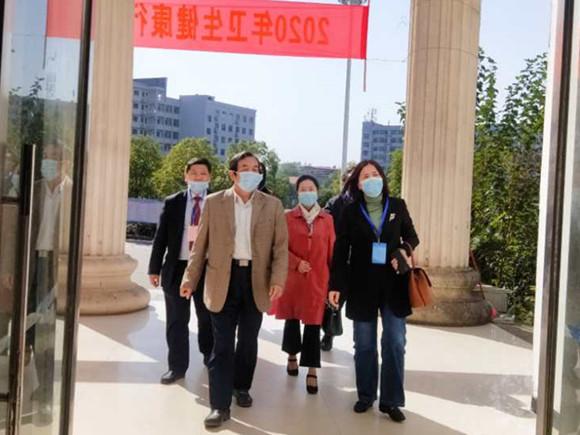 刘福生陪同国家卫健委领导巡查188体育官网健康管理师考点